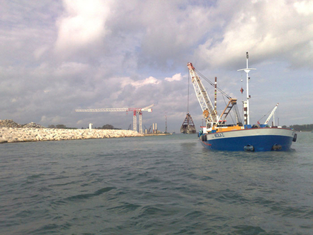 The MV Nicola Z. while performing the leveling for Mose